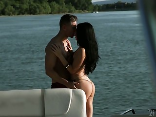 Bodacious pamper Nelly Kent enjoys having anal sex and gives a blowjob on a yacht