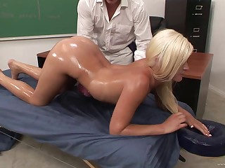 Seductive porn hottie likes to win nailed eternal and doggystyle