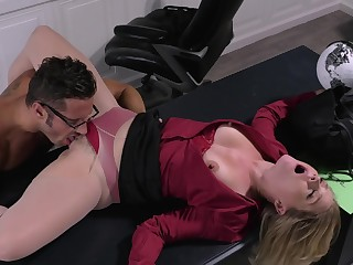 Office unsubtle licked in the pussy the the new guy before coition